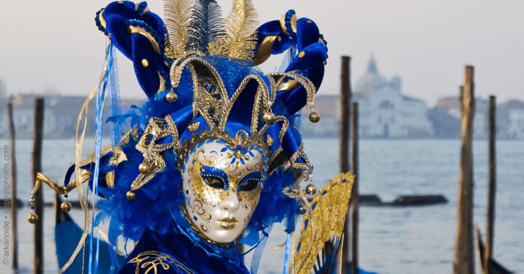 Persona Erstellung - Frau mit venezianischer Maske